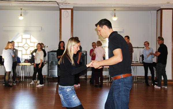Mikko-ja-tytti-opettavat-_web_lev600